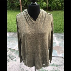 Billabong hooded pullover shirt ,size medium